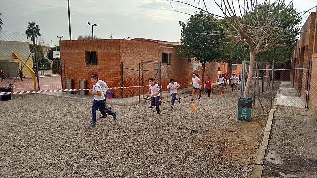 El Colegio Reina Sofía participó en la carrera solidaria a beneficio de la Asociación Refugio del Viento, Foto 3