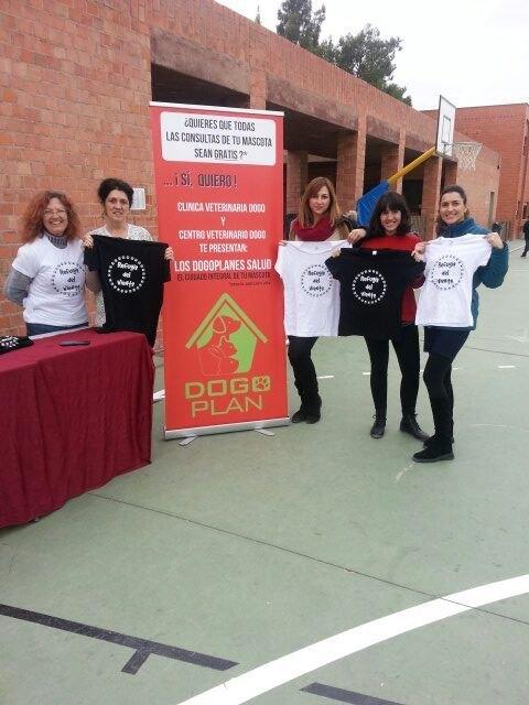El Colegio Reina Sofía participó en la carrera solidaria a beneficio de la Asociación Refugio del Viento, Foto 7