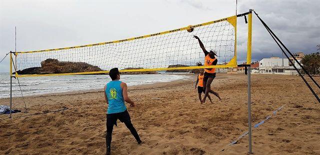 Este sábado vuelve a Bahía la liga de vóley playa, Foto 1