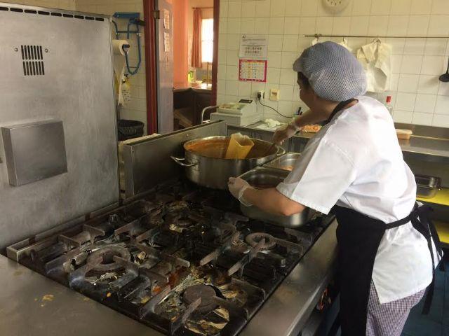 Se prorroga un año el contrato de gestión del servicio de catering y comedor en los centros día con discapacidad intelectual José Moyá y personas con enfermedad mental, Foto 3