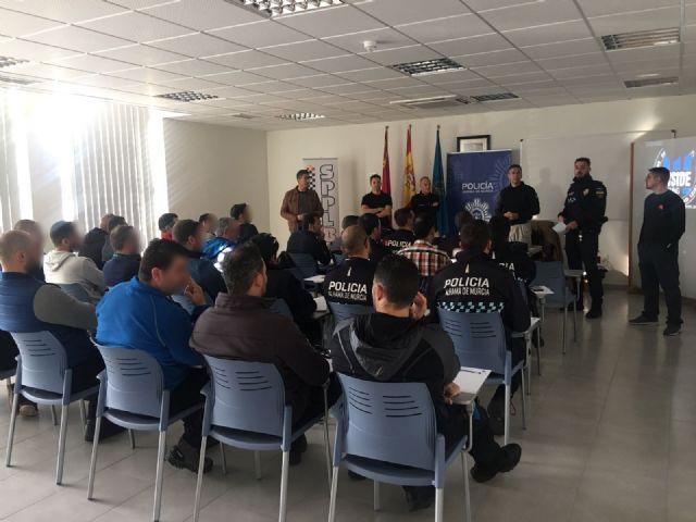 13 agentes de Policía Local de Alhama participan en un curso práctico de seguridad ciudadana, Foto 3