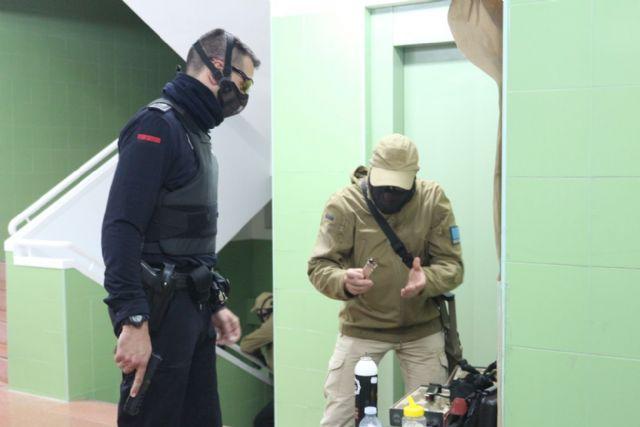 13 agentes de Policía Local de Alhama participan en un curso práctico de seguridad ciudadana, Foto 5