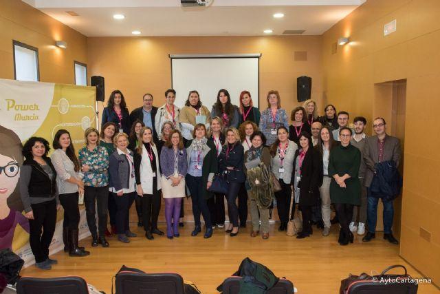 Encuentro de coworking entre empresarias de la AMEP y el proyecto Girl Power de la UPCT - 1, Foto 1
