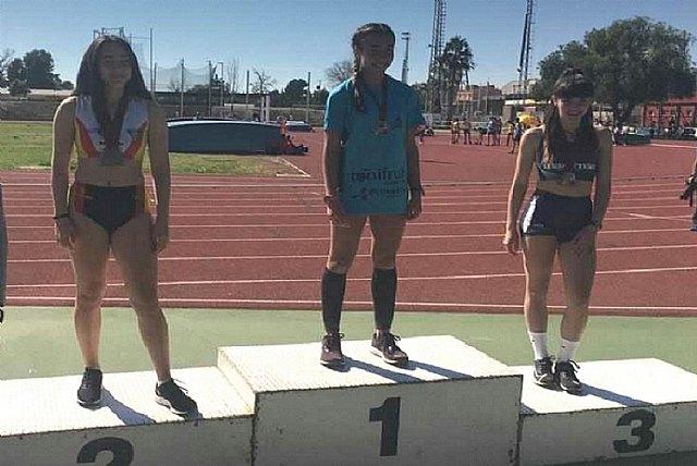 Cinco medallas para el Club Atletismo Mazarrón en el Regional Sub-18, con triplete para Miriam Sáez - 2, Foto 2