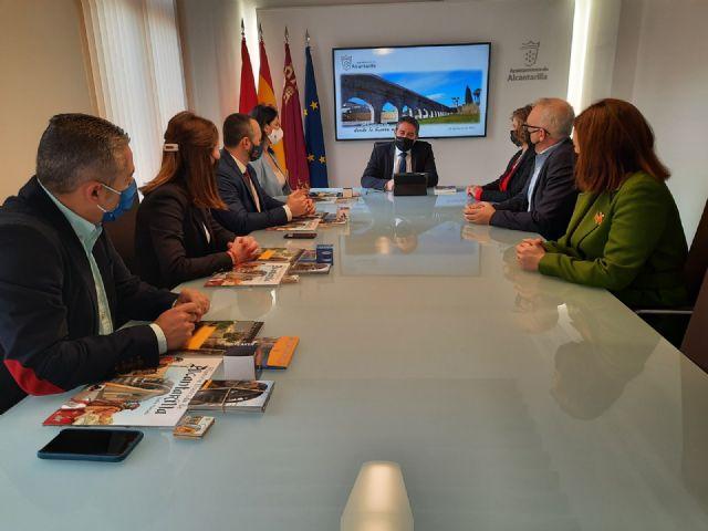 El GPP y el alcalde de Alcantarilla analizan los proyectos iniciados por el Ayuntamiento para el desarrollo del municipio - 1, Foto 1