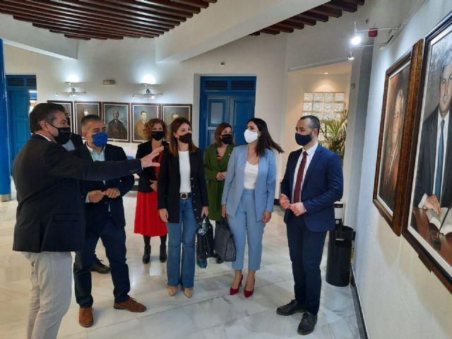El GPP y el alcalde de Alcantarilla analizan los proyectos iniciados por el Ayuntamiento para el desarrollo del municipio - 2, Foto 2