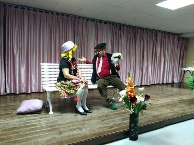 Más de un centenar de socios asisten a la actividad de teatro organizada en el Centro Municipal de Personas Mayores, de la plaza Balsa Vieja, Foto 3