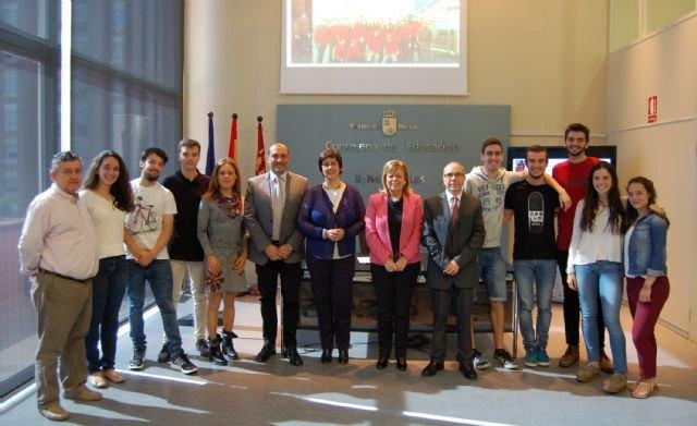 20 alumnos de bachiller internacional del instituto Alfonso X participan en un congreso de astronáutica en Moscú, Foto 1