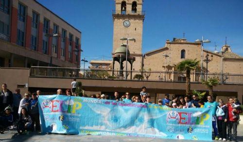 Más de un centenar de personas apoya las enfermedades raras participando en la V Caminata popular organizada por AELIP en Totana, Foto 5
