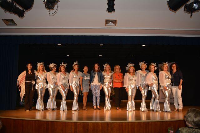 ÁGUILAS / El grupo de baile de las Amas de Casa recrea el ... - photo#39