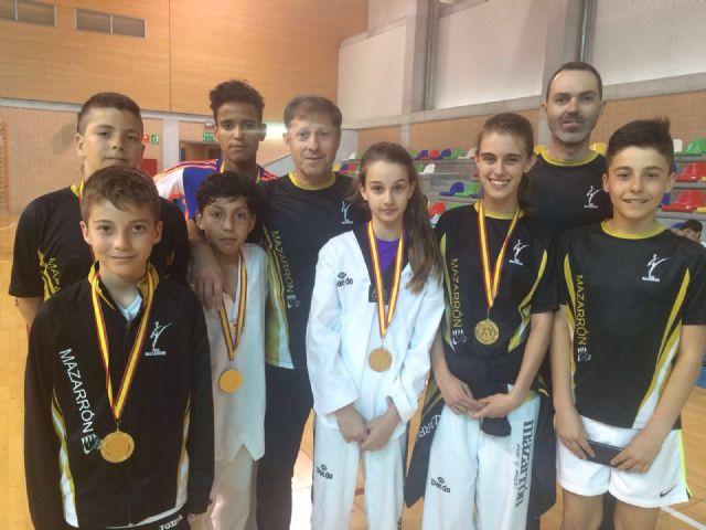 Nuevos éxitos deportivos en atletismo y taekwondo - 1, Foto 1