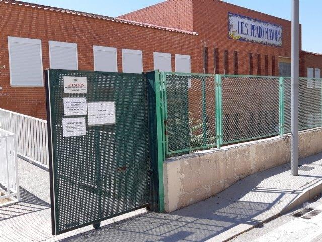 Instan a la Consejería de Educación para que retire el fibrocemento en el IES Prado Mayor durante este verano