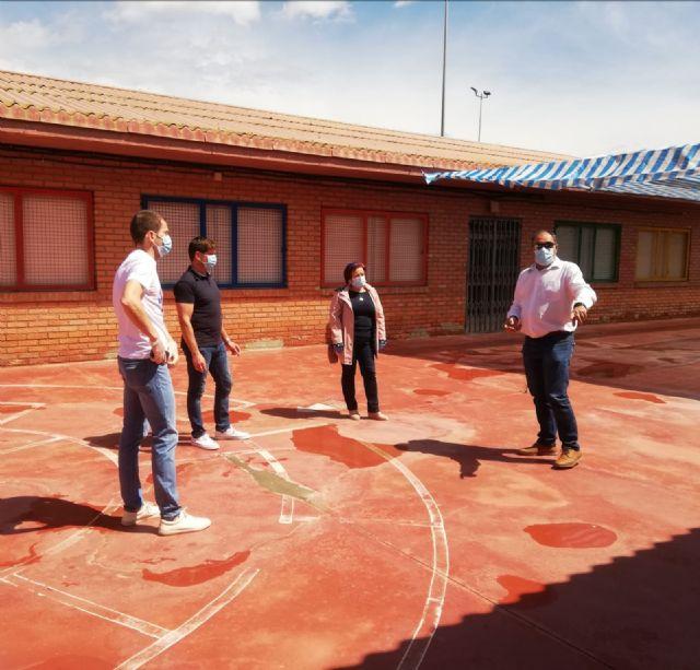 El Ayuntamiento planifica junto a los Colegios los arreglos que se acometerán durante el verano - 4, Foto 4