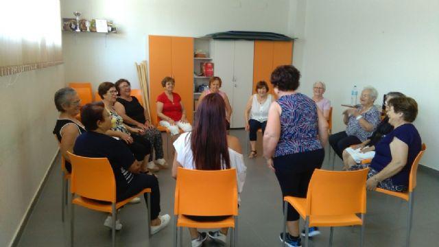 They close the program of Elderly Gymnastics in El Paretón with a ceremony of diplomas - 2