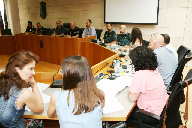 A meeting of the Police Coordination Table for the Protection of Victims of Domestic Violence and Gender in Totana is held, Foto 3