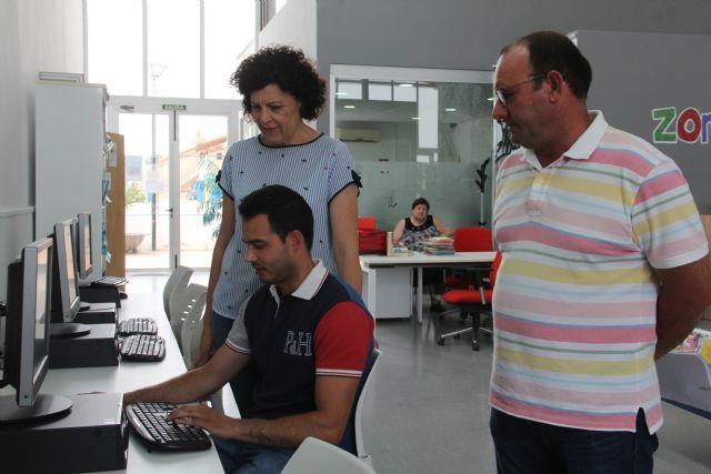 La modernización informática de la biblioteca de La Estación-Esparragal, uno de los proyectos aprobados por 'Campoder' - 3, Foto 3