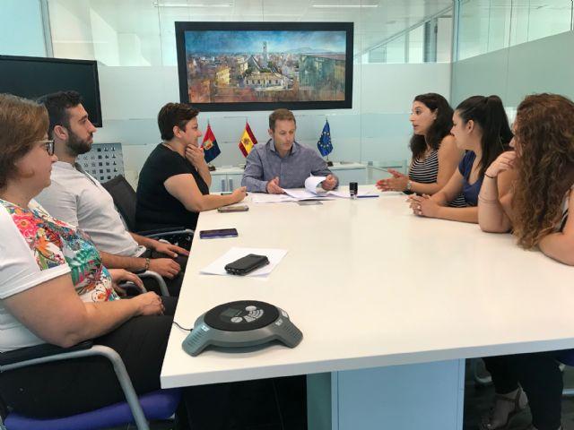El Ayuntamiento de Torre Pacheco firma un convenio de colaboración con la Asociación Sociocultural 7 de Agosto San Cayetano - 1, Foto 1