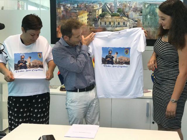 El Ayuntamiento de Torre Pacheco firma un convenio de colaboración con la Asociación Sociocultural 7 de Agosto San Cayetano - 3, Foto 3