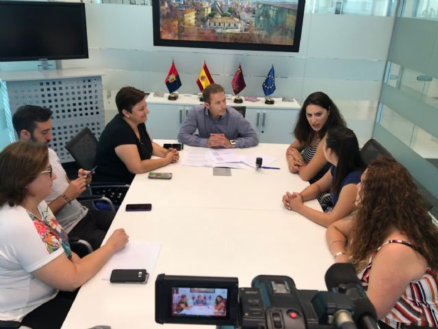 El Ayuntamiento de Torre Pacheco firma un convenio de colaboración con la Asociación Sociocultural 7 de Agosto San Cayetano - 5, Foto 5