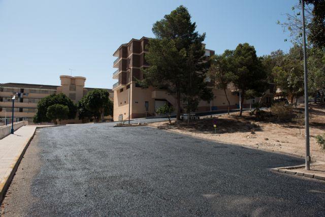 Nueva pavimentación en Rihuete Alto y mejoras de acceso peatonal en la calle la Vía, Foto 2