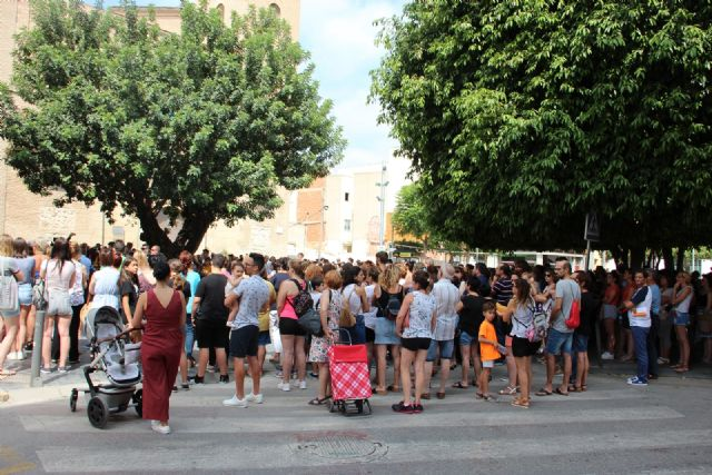 El pueblo de Beniel unido en apoyo a Laura tras los tristes hechos acontecidos en el municipio - 1, Foto 1