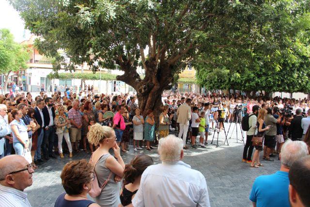 El pueblo de Beniel unido en apoyo a Laura tras los tristes hechos acontecidos en el municipio - 2, Foto 2