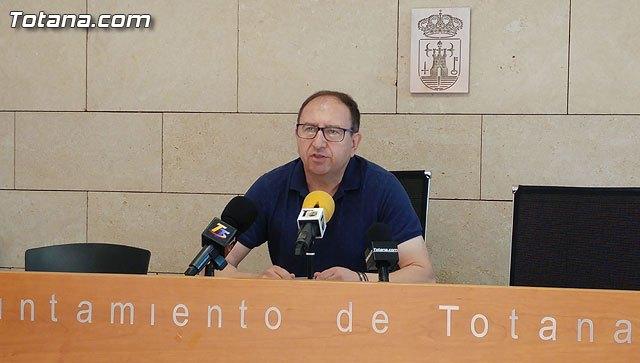 El concejal de Festejos aclara que el Pleno del ayuntamiento no traslada la romería de subida de Santa Eulalia al sábado, 13 de enero, Foto 1