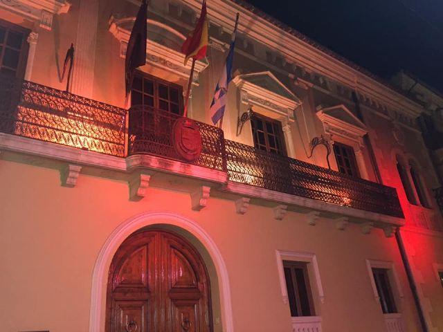 Jumilla iluminará de rojo la fachada del Ayuntamiento y la Plaza del Camionero para concienciar sobre el síndrome de Duchenne - 1, Foto 1
