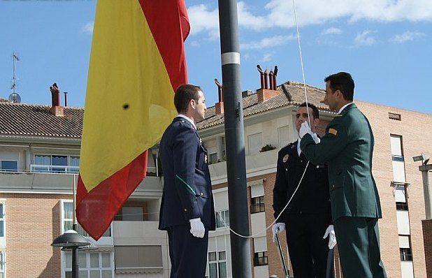 El Ayuntamiento de Totana volverá a celebrar el próximo 12 de octubre el acto institucional de homenaje a la Bandera de España, Foto 2