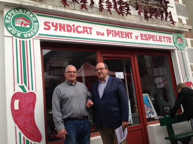 Visita de un representante de la DO Piment�n de Murcia a las fiestas del pimiento de Espelette (Francia), Foto 3