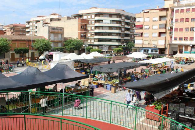 El Ayuntamiento recuerda las normas del mercado semanal de los martes - 1, Foto 1