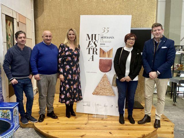 74 artesanos participan en la XXXV Muestra de Artesanía de Navidad, Foto 1
