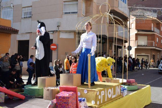 La Peña el Tolin gana el primer premio del desfile de carrozas de las fiestas patronales, Foto 3