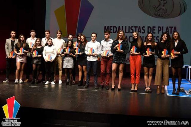 2 premios y un diploma para Iván López en la gala del atletismo murciano - 1, Foto 1