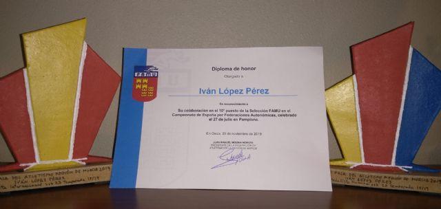 2 premios y un diploma para Iván López en la gala del atletismo murciano - 3, Foto 3