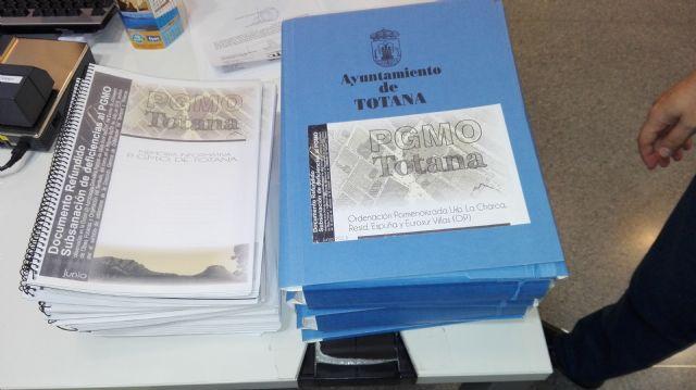 Ganar Totana IU asegura que el Alcalde desbloquea definitivamente la tramitación del Plan General, Foto 1