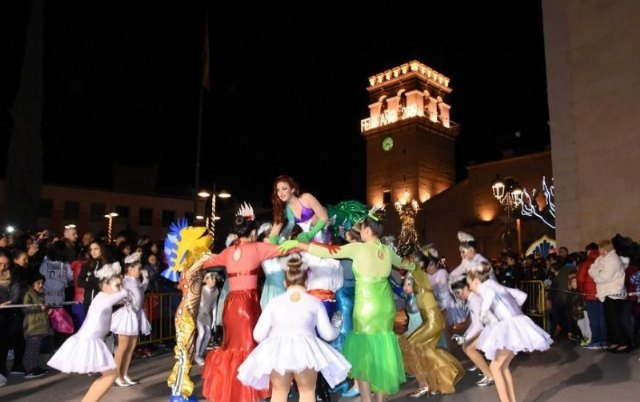 The Three Kings' Cavalcade is ahead this year one hour, so it will be held this Sunday, at 6:00 pm