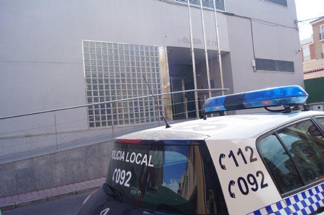 La Policía Local detiene este pasado fin de semana a dos personas por conducir bajo los efectos del alcohol, Foto 1