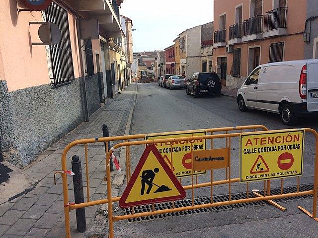 Comienzan las obras de renovación de la red de abastecimiento y saneamiento en un tramo importante de la Cañada Zamora, en su intersección con la calle Santiago, Foto 5