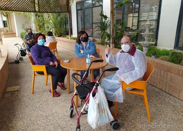 Regresan las visitas a la Residencia La Purísima de Totana - 2, Foto 2