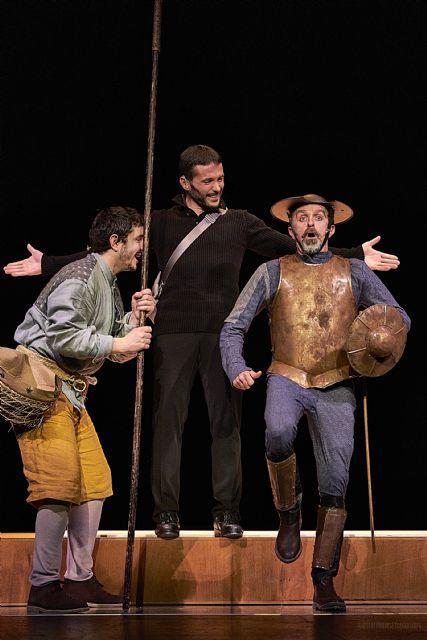 La compañía murciana Nacho Vilar Producciones presenta OTRO QUIJOTE +? el viernes 5 de marzo en el Teatro Villa de Molina - 1, Foto 1