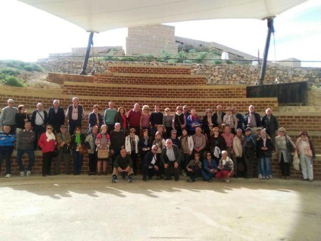 Viaje a Puerto Lumbreras de los usuarios del centro de día de personas mayores, Foto 1