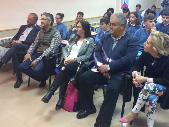 Autoridades regionales y municipales asisten a la presentación del proyecto Tierra y agua, Foto 3