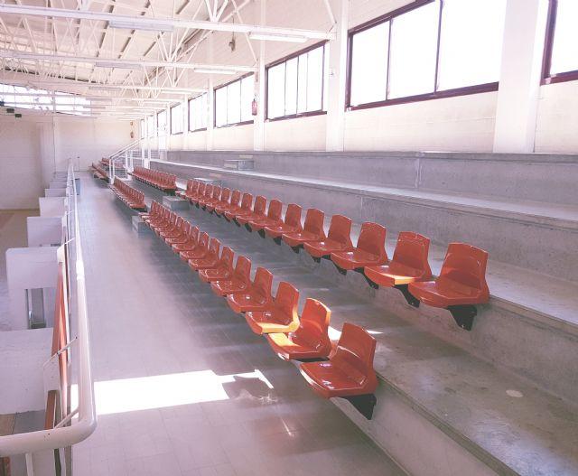 Las gradas del Pabellón Deportivo estrenan 124 nuevos asientos - 3, Foto 3