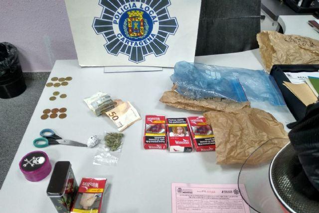 Incumple el confinamiento para ir a comprar droga - 1, Foto 1