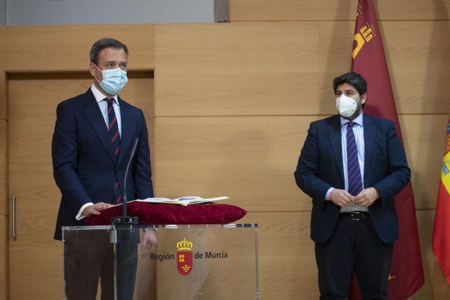 [López Miras destaca el objetivo principal de dejar atrás la pandemia y la crisis económica y social con un Gobierno más fuerte y unido, Foto 3