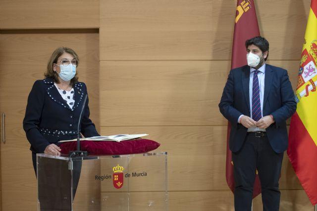 [López Miras destaca el objetivo principal de dejar atrás la pandemia y la crisis económica y social con un Gobierno más fuerte y unido, Foto 5