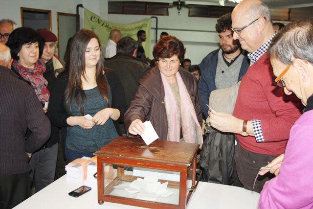 Militantes y simpatizantes de IU en Totana votaran de forma presencial la ratificación o rechazo del Acuerdo con Podemos, Foto 1