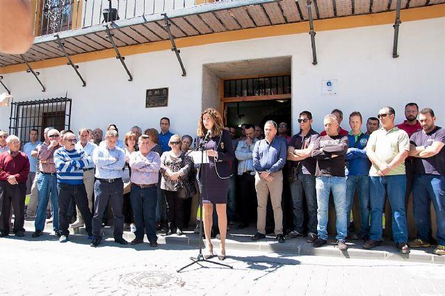 Luto oficial de dos días, minuto de silencio y banderas de Archena a media asta, el homenaje del pueblo de Archena al vecino asesinado - 3, Foto 3