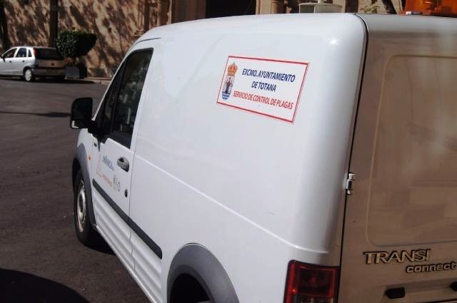 Award the integrated pest control service for the next two years in this municipality